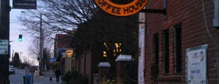 Hotwire Coffeehouse is one of 4sq Day 2012 Sponsors.