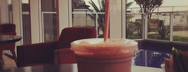 V. Café is one of Comiiida.