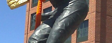 Brooks Robinson statue by Joseph Sheppard is one of Entertainment.