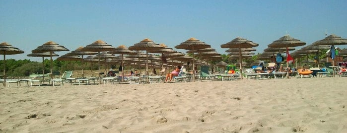 Bagno Sottomarino is one of Riviera Adriatica.