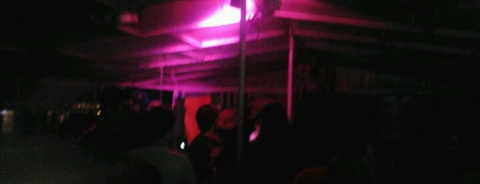 Submarina is one of non-pretentious party spots in Belgrade.