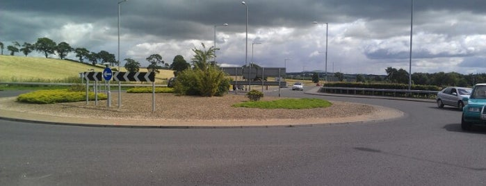 Parkmill Roundabout is one of Named Roundabouts in Central Scotland.