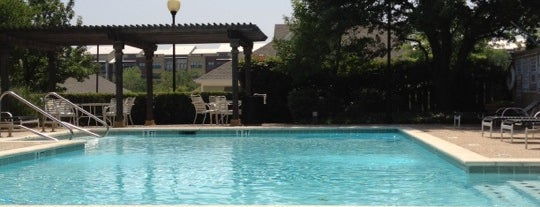 Poolside At Hillside is one of Single joints of Ft worth.