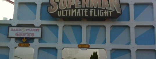 Superman Ultimate Flight is one of ROLLER COASTERS.