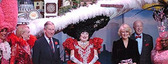 Beach Blanket Babylon is one of San Francisco Adventure Bucket list.