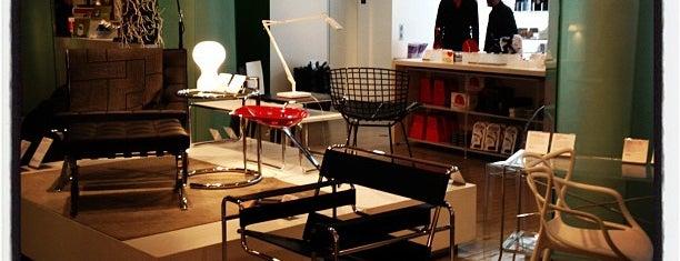 MoMA Design Store is one of Toren & Tamara Look at Pretty Things.