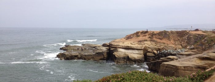 Sunset Cliffs Natural Park is one of San Diego's 59-Mile Scenic Drive.