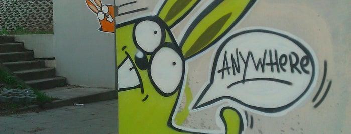 Króliki Anywhere is one of Street Art w Krakowie: Graffiti, Murale, KResKi.
