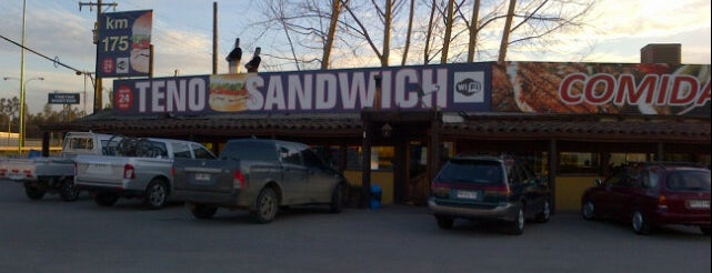 Teno Sandwich Poniente is one of picadas pa' comer weno.