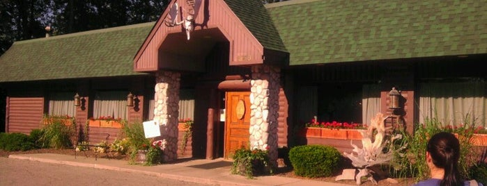 Deadwood Bar & Grill is one of Viddles.