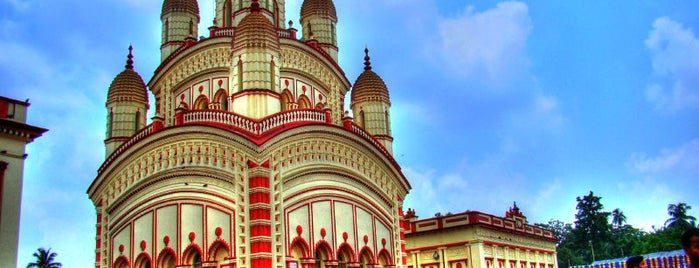 Dakshineshwar Temple is one of Quintessential Kolkata.