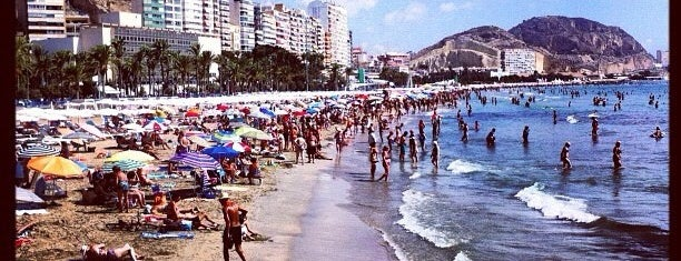 Postiguet Beach is one of Alicante urban treasures.