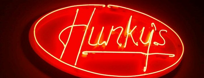 Hunky's is one of Pet-Friendly DFW.