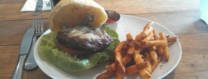 O' Shea American Grill is one of Must-visit food in Bridgeport.