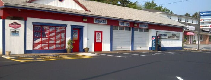 Ron's Discount Tires & Auto Repair is one of Favorite Places.