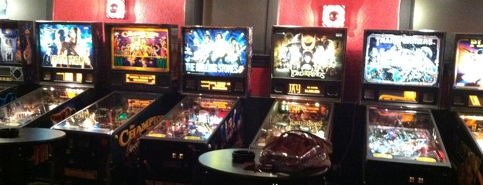 Silver Ballroom is one of Video Game & Gamer Bars.