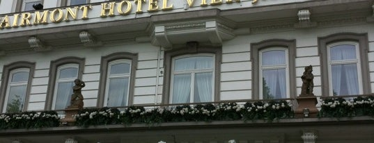 Fairmont Hotel Vier Jahreszeiten is one of Hotels.