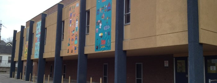 Lorne Ave public school is one of The Best of OEV.