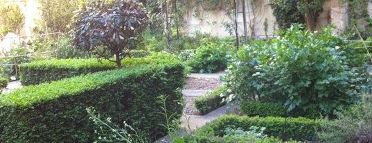 Jardin du Clos des Blancs Manteaux is one of (anything) in Paris.