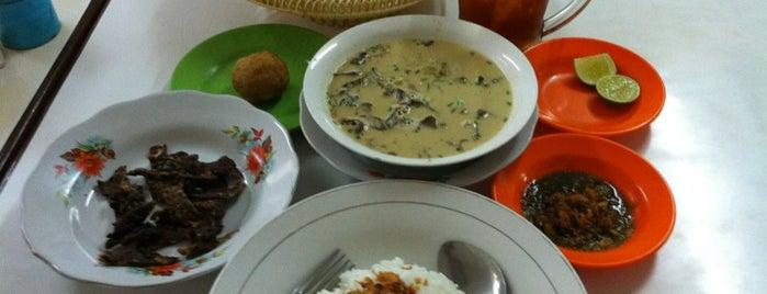 Soto Medan Pak Syamsuddin is one of 40 favorite restaurants.
