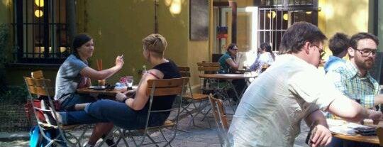 Café Podnebi is one of Týden kávy 2012.