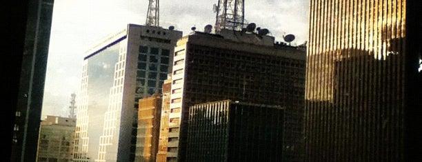 Avenida Paulista is one of 100+ Programas Imperdíveis em São Paulo.