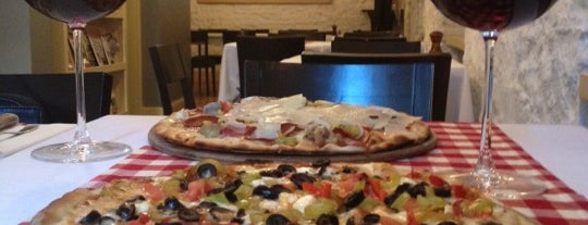Pizzeria Trio is one of İstanbul'da Yeme-İçme: theMagger Mekanları.