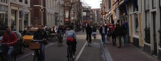 Nieuwendijk is one of Must-visit Winkelstraten Amsterdam.