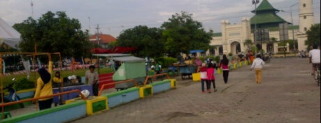 Alun-Alun Kota Pekalongan is one of Pekalongan World of Batik.