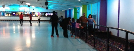 Skateland West is one of Common Places.