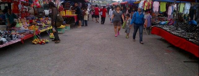 Pasar Malam Sri Manja is one of Makan @ PJ/Subang (Petaling) #7.
