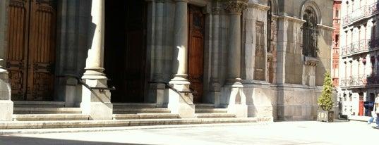 Basílica de San Juan El Real is one of Les chemins de Compostelle.
