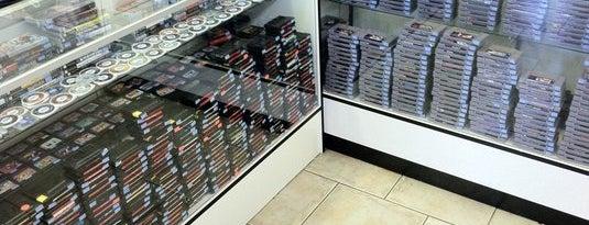 Luna Video Games is one of Best Retrogaming Shops.