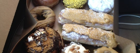 Mojo Monkey Donuts is one of Out-of-Towners' Guide to St. Paul - 2015.