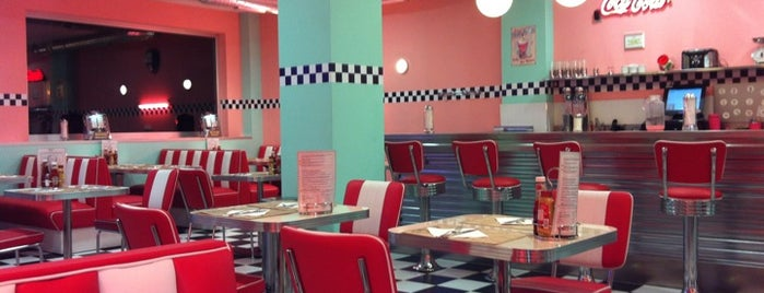 Peggy Sue's is one of Cenar en Vigo.