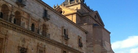 Monasterio de Uclés is one of ESCAPADA A CUENCA Y PROVINCIA.
