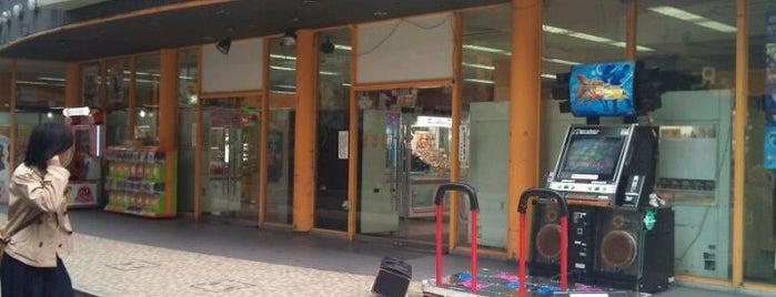 アミュージアム茶屋町店 is one of ゲーセン.