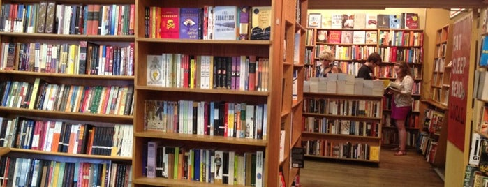 Kramerbooks & Afterwords Cafe is one of Read.