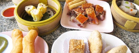 เรือนไทย ติ่มซำ is one of ❀ ไปเที่ยวตรัง กินอะไรดีน้า?╭☆╯.
