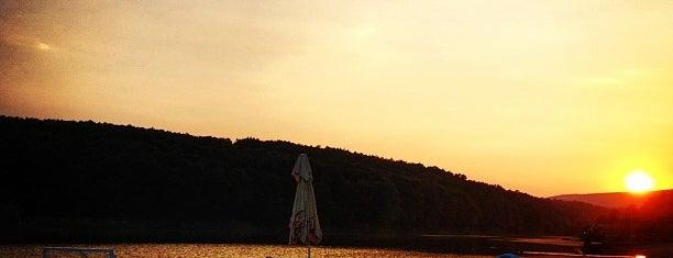 Šumaričko jezero is one of Kragujevac, Šumadija.