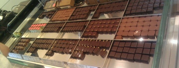 Piaf Artisan Chocolatier is one of Hot Hot Hot Hot!!.