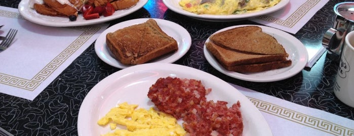 Tommy's Diner is one of Brunch.