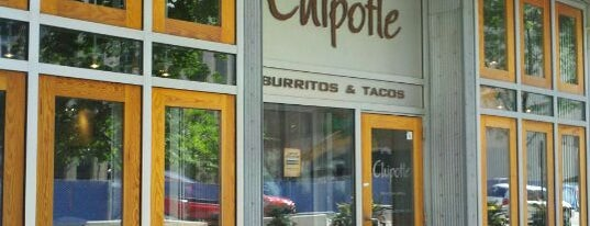 Chipotle Mexican Grill is one of Streeterville & Gold Coast.