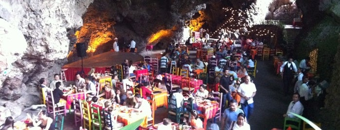 La Gruta Restaurant is one of Teotihuacan.