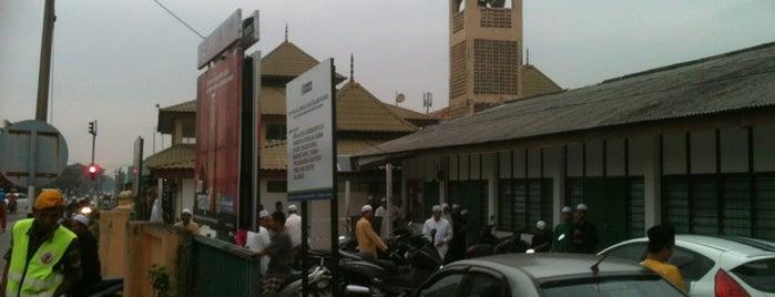 Masjid Tok Dagang is one of Baitullah : Masjid & Surau.