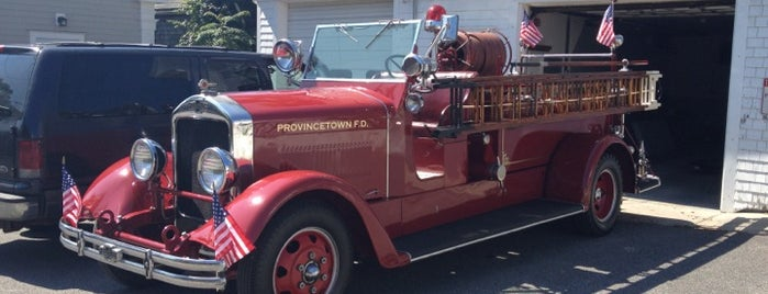 Engine 4 Fire Department is one of Provincetown.