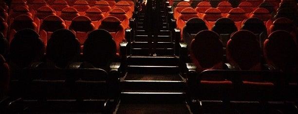 Cine Center is one of A donde ir en Santa Cruz, Bolivia.