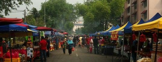 Bazar Ramadhan Kelana Jaya is one of Makan @ PJ/Subang (Petaling) #7.