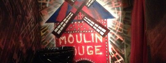 Moulin Rouge is one of Caracas según Diplomático.