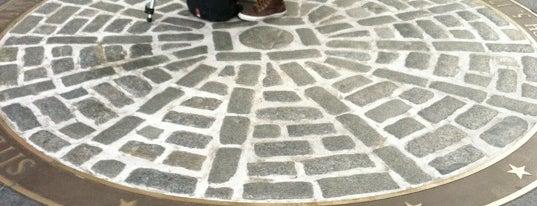 Boston Massacre Monument is one of Hub History.